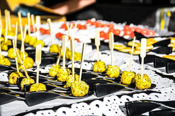 Catering Service Tango 7